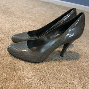 Gray snakeskin pumps. Jessica Simpson